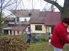 Brigáda - úklid spadaného listí Vranov