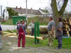 Stavění májky ve Vranově