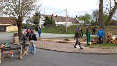 Stavění máje ve Vranově